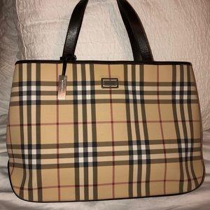 Burberry Large Tote Nova checked bag